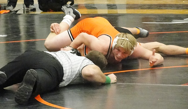 Minooka Edges Lincoln Way East At Its Own Duals Illinois